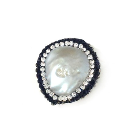 Fresh Water Pearl Irregular with Strass 22mm