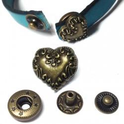 Brass Rivet Heart 14mm (4 parts)