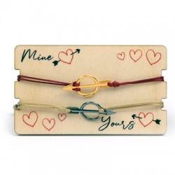 Wooden Card 85x50mm w/ 2 Bracelets Set Round Arrow