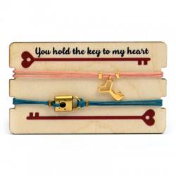 Wooden Card 85x50mm w/ 2 Bracelets Set Key Locket