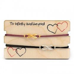 Wooden Card 85x50mm w/ 2 Bracelets Set Eternity