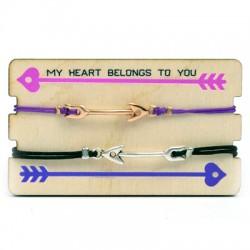 Wooden Card 85x50mm w/ 2 Bracelets Set Arrow