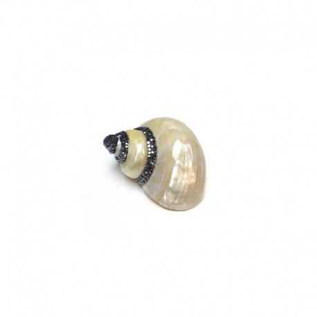 Shell Pendant with strass ~57x67mm