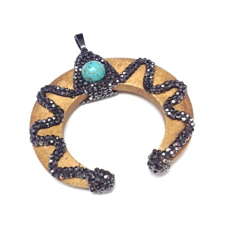 Wooden Pendant Horn With Strass and Howlite 51x51mm