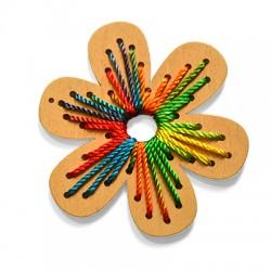 Ciondolo in Legno Fiore decorato con Fili 70mm