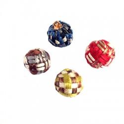 Woolen Pom Pom w/ Cup 15mm