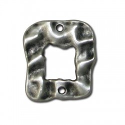 Zamak Connector Square Hammered 25x22mm