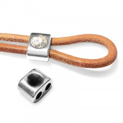 Zamak Slider with 2 Holes 11x8mm with SS24 Chaton Setting (Ø 3.1mm)