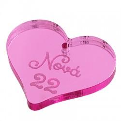 """Πλέξι Ακρυλικό Μοτίφ Γούρι Καρδιά """"Νονά 22"""" 26x22mm"""